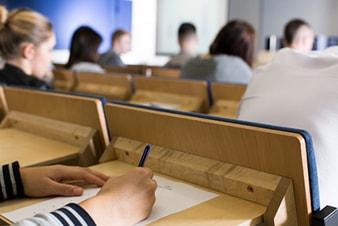 Un examen unique pour les futurs élèves avocats